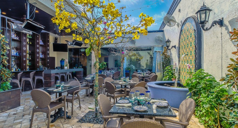 enjoy a break from the hustle and bustle and head to one of the many tampa bay restaurants with green gardens and cozy courtyards while many restaurants in - Garden By The Bay Eateries