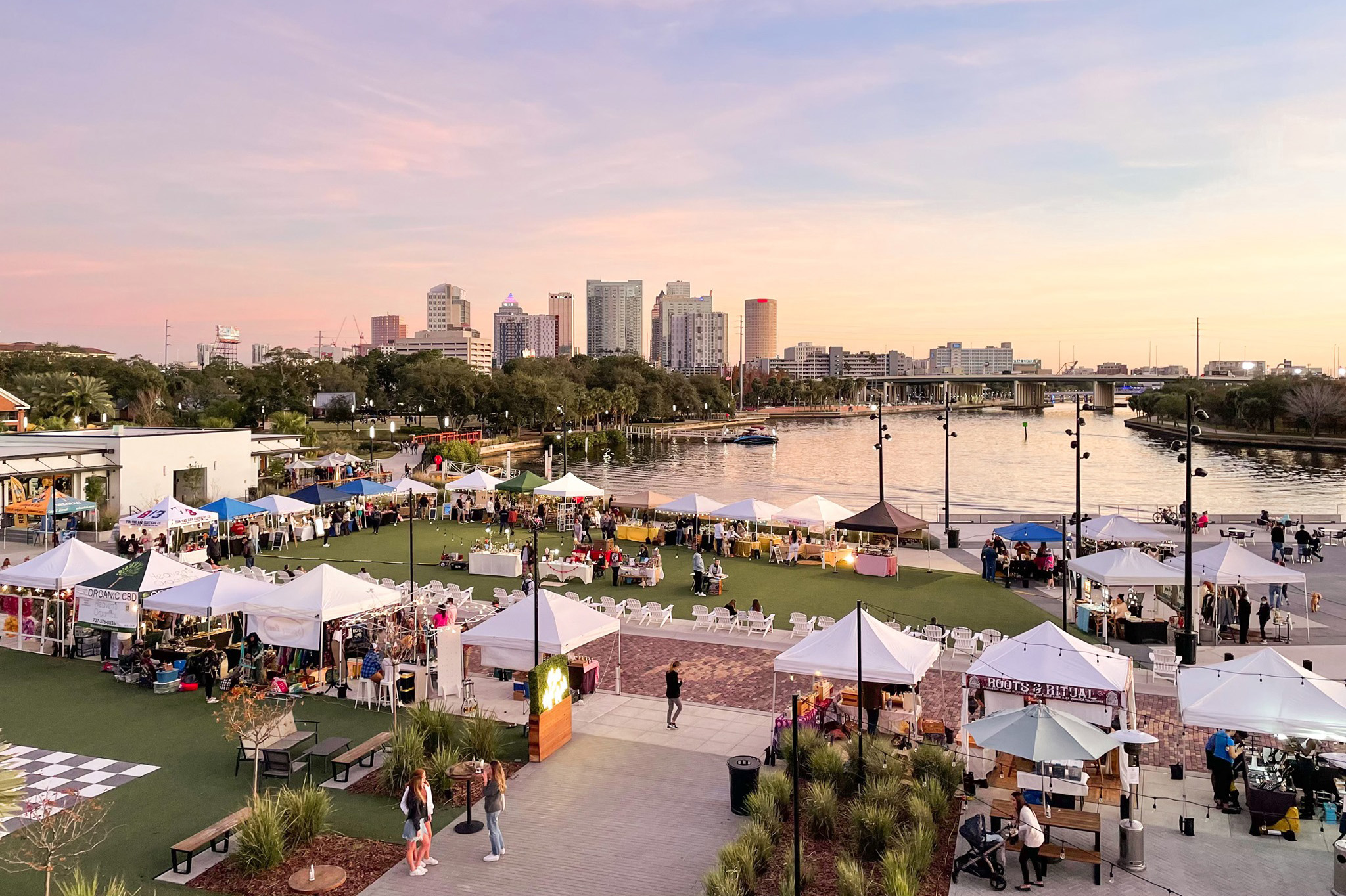 Unique Artisan Markets in Tampa Bay to Peruse Together